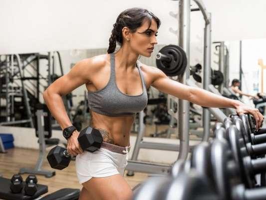 Relógios funcionais contribuem para um controle do desempenho durante os exercícios físico e podem ser mais leves e estilosos