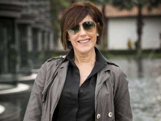 Na novela 'O Tempo Não Para', Carmen (Christiane Torloni) é acusada de desviar dinheiro da Samvita e é afastada da empresa