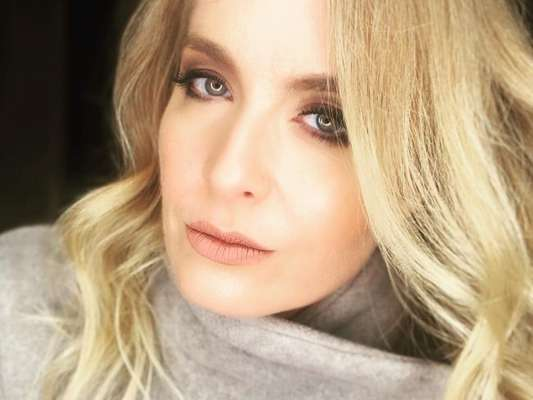 Angélica falou sobre sua intimidade em entrevista ao canal de Giovanna Ewbank, no YouTube