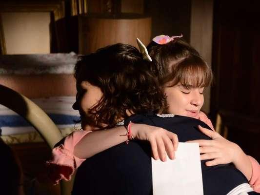 Na novela 'As aventuras de Poliana', Poliana (Sophia Valverde) irá escrever um bilhete para Luísa (Thaís Melchior) e sair de casa, após uma briga entre as duas. Nanci (Rafaela Ferreira) a consolará