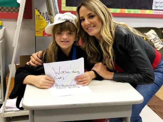 Ticiane Pinheiro esteve na escola na filha, Rafaella Justus, nesta quarta-feira, 10 de outubro de 2018