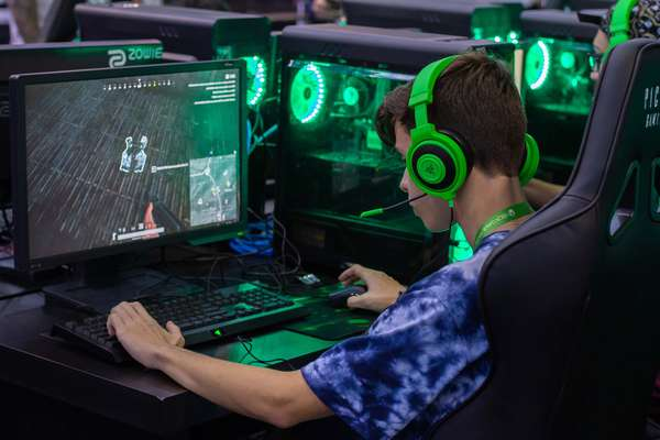 Na Brasil Game Show (BGS) 2018, os gamers de todo o País jogam e testam todos os tipos de jogos, em todos os tipos de plataforma diferentes