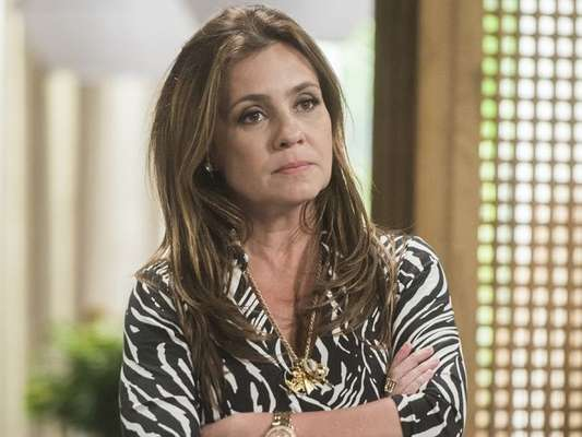 Na novela 'Segundo Sol', Laureta (Adriana Esteves) vai ficar pobre