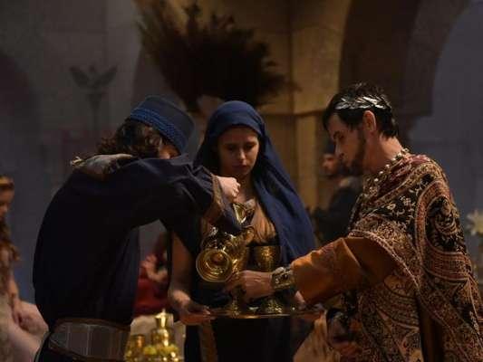 Nos próximos capítulos da novela 'Jesus', Antipas (Marcos Winter) irá avisar que fará uma festa e dizer que concederá um desejo a quem lhe der o melhor presente