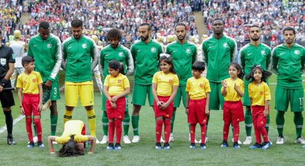 O histórico internacional da Arábia Saudita não é dos melhores: sua participação mais expressiva em Copas do Mundo foi na edição de 1994, quando chegou às oitavas. Em âmbito continental, os Falcões foram campeões da Copa da Ásia em três ocasiões (1984, 1988 e 1996), e vices em outras três (1992, 2000 e 2007). O grande destaque provavelmente é o segundo lugar na Copa das Confederações, em 1992, quando foi derrotado na final para a Argentina. Apesar dos números não serem animadores, a seleção saudita, que será adversária do Brasil na próxima sexta-feira, conta com bons jogadores e o L! fala sobre as qualidades de cada um.