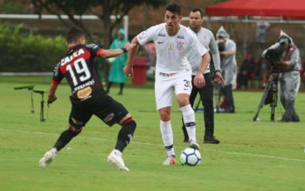 Corinthians e Vitória fizeram um jogo muito equilibrado