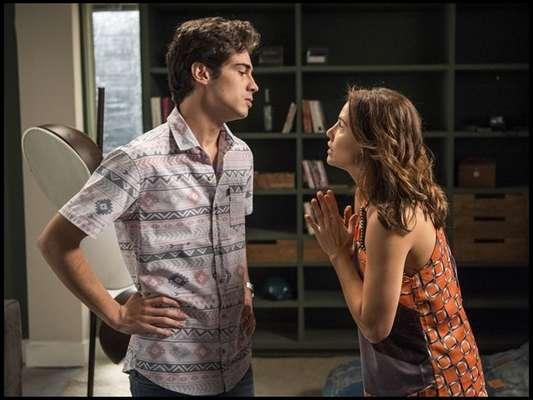 Em 'Segundo Sol', Rosa (Letícia Colin) rompe com Ícaro (Chay Suede) e reata com Valentim (Danilo Mesquita)