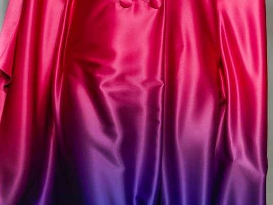 Tie Dye e degradê trazem visual 'manchadinho' de volta à moda. Look Apartamento 03