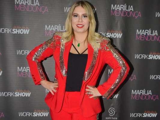 Marília Mendonça critica lojas sem tamanho plus size após emagrecer em entrevista no 'Fofocalizando' desta quarta-feira, dia 06 de outubro de 2018