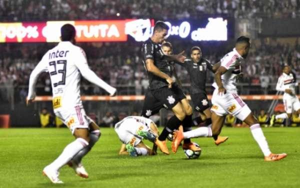 Último duelo: São Paulo 3 x 1 Corinthians - 1º turno