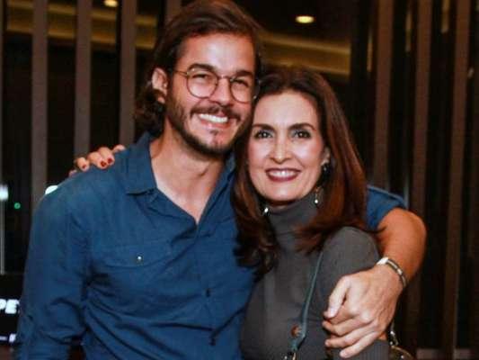 Fátima Bernardes vibra por 'recorde de dias' junto com namorado, Túlio Gadêlha em foto nesta quarta-feira, dia 14 de novembro de 2018