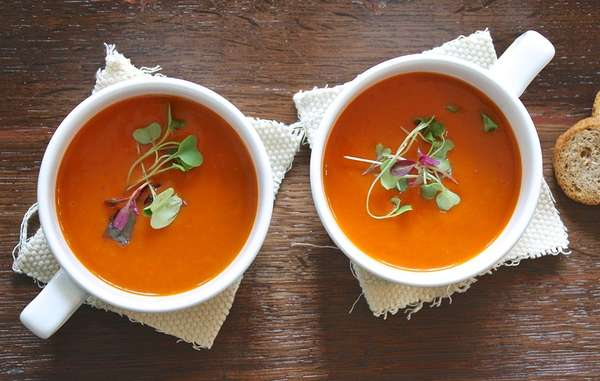 Sopa: só tome cuidado com a temperatura. Muito quente pode trazer dor.