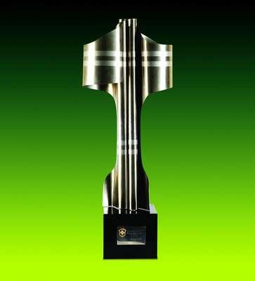 Taça do Campeonato Brasileiro de 1994 - Em 1994, o Palmeiras sagrou-se campeão ao vencer o Corinthians em dois jogos. A primeira partida aconteceu dia 15 de dezembro, no Pacamebu, em que o Palmeiras venceu por 3 a 1 com dois gols de Rivaldo e um de Edmundo pelo alviverde e gol de Marques pelo alvinegro. No segundo duelo, dia 18 de dezembro, também no Pacaembu, empate por 1 a 1 com gols de Rivaldo e Marques. O capitão na ocasião foi César Sampaio.