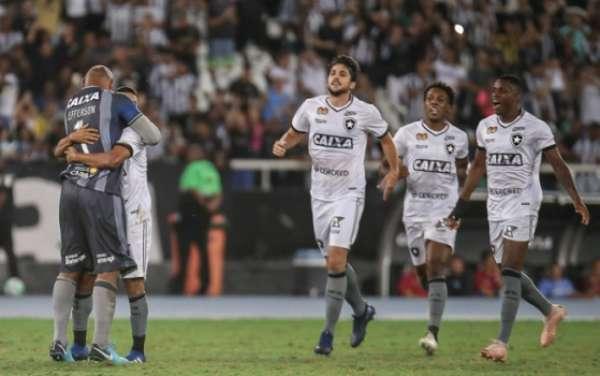 Botafogo x Parana