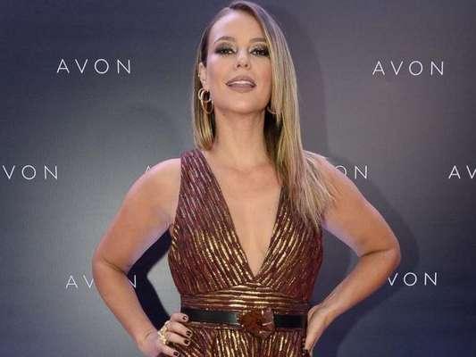 Paolla Oliveira prestigiou a a 23ª edição do Prêmio Avon de Maquiagem, no Teatro Santander, em São Paulo, nesta terça-feira, 4 de dezembro de 2018