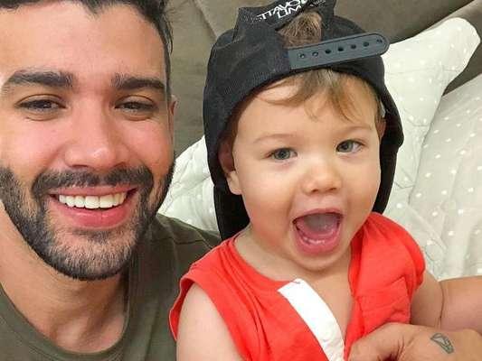 Gusttavo Lima sempre compartilha momentos com a família nas redes sociais