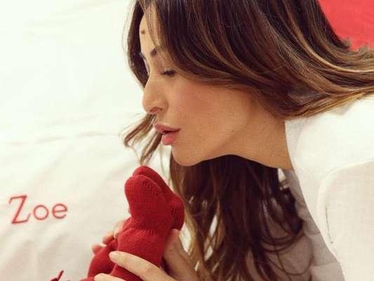Sabrina Sato conta motivo de ainda não ter mostrado rosto da filha, Zoe, ao responder fã no Instagram nesta quinta-feira, dia 06 de dezembro de 2018
