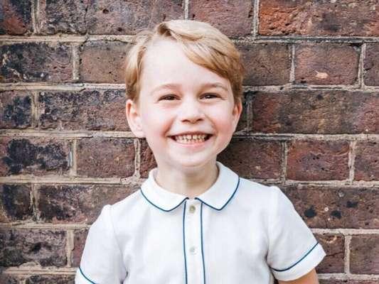 Pedido feito de George para o pai, Príncipe William, é pura fofura, como revelou revista 'Hello' nesta quinta-feira, dia 06 de dezembro de 2018