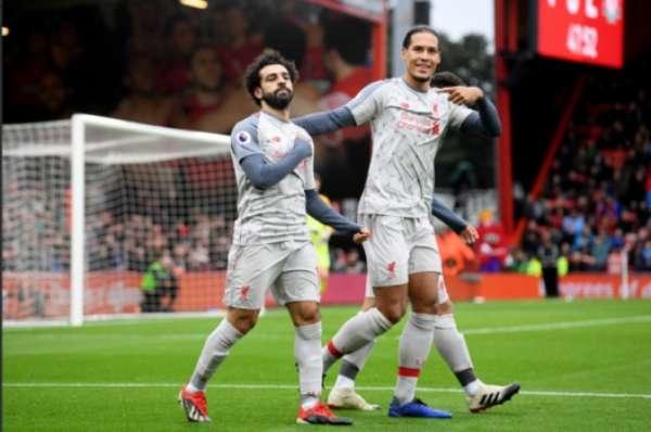 Deixa que ele resolve! Salah faz hat-trick e foi o destaque da partida