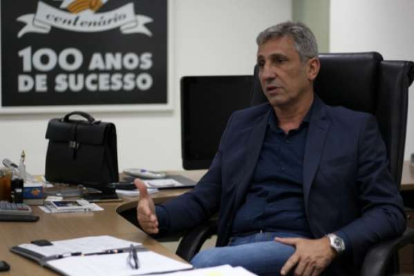 Alexandre Campello em entrevista ao LANCE!. Confira a seguir outras imagens do presidente do Vasco na galeria especial