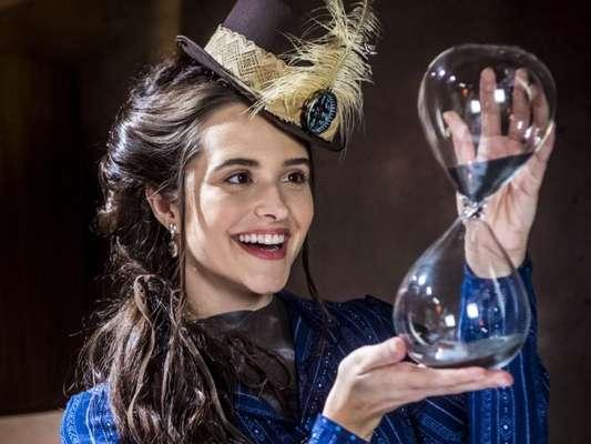 Marocas (Juliana Paiva) tem chance de estar com vírus que pode lhe matar na reta final da novela 'O Tempo Não Para'
