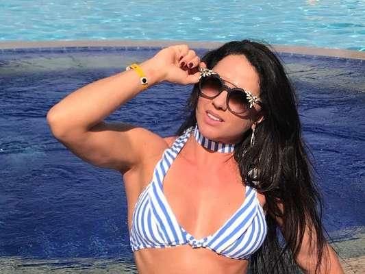 Graciele Lacerda mostrou evolução do corpo ao compartilhar fotos antigas em sua conta de Instagram: 'Hoje está na melhor fase'