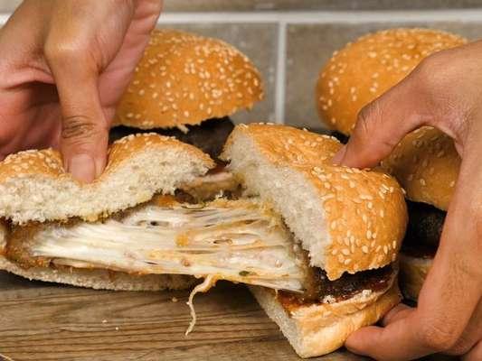 Hambúrguer recheado