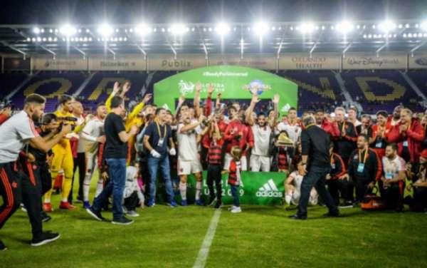Flamengo foi campeão da Florida Cup, em Orlando. Confira a seguir imagens da partida