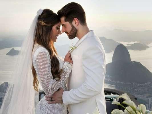 DJ Alok e Romana Novais se casam no alto do Corcovado nesta terça-feira, 15 de janeiro de 2018