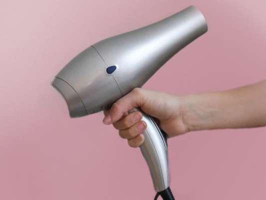 6 dicas úteis para usar secador e chapinha do jeito certo!