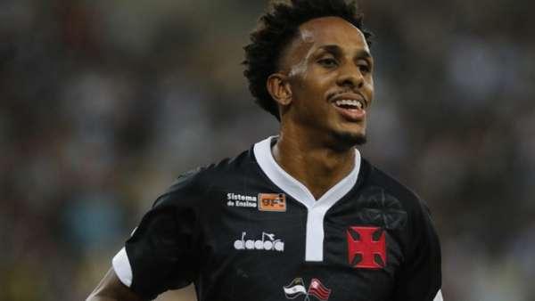 Lucas Mineiro fez um dos gols da classificação do Vasco à final da Taça Guanabara. Confira a seguir a galeria LANCE! do jogo
