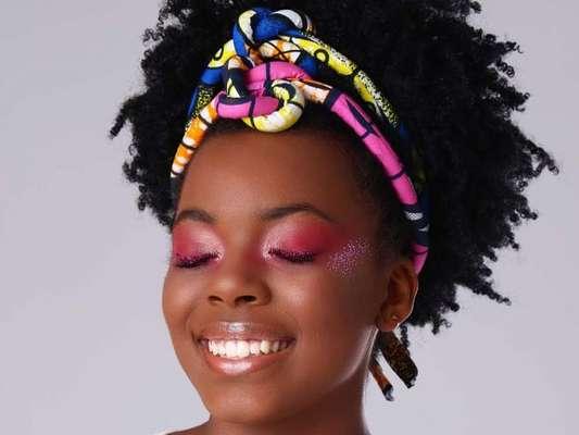 Make rosa no Carnaval? Temos! Aprenda um passo a passo com fotos!