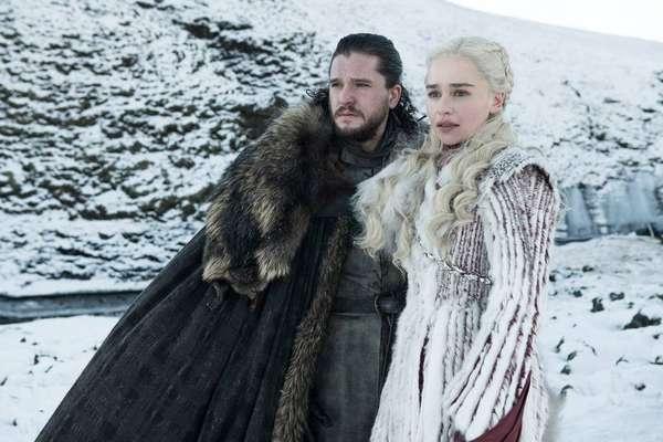 Fãs de 'Game of Thrones' - A série 'Game of Thrones' estreia sua 8ª e última temporada em 14 de abril de 2019. Confira a seguir diversos artistas e personalidades que são fãs de 'GoT' e certamente estão ansiosos para curtir os novos episódios.