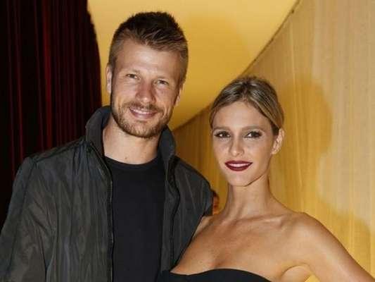 Fernanda Lima e Rodrigo Hilbert estão esperando uma menina!