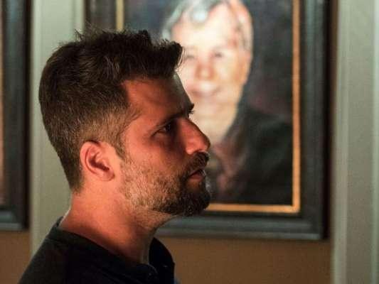 Gabriel (Bruno Gagliasso) vai acabar revelando que largaria tudo para ficar com Luz (Marina Ruy Barbosa) durante discussão com Murilo (Eduardo Moscovis), na novela 'O Sétimo Guardião'.