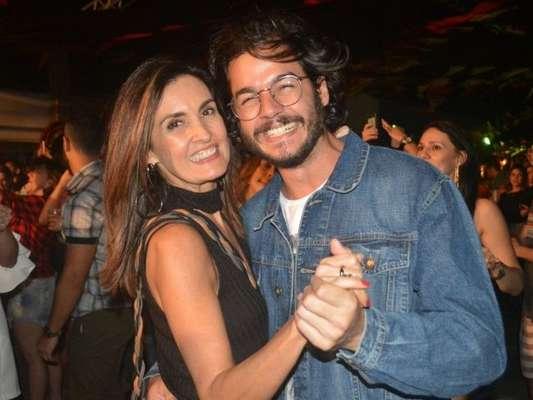 Fátima Bernardes ganhou elogio do namorado, Túlio Gadêlha, durante passeio por Pernambuco