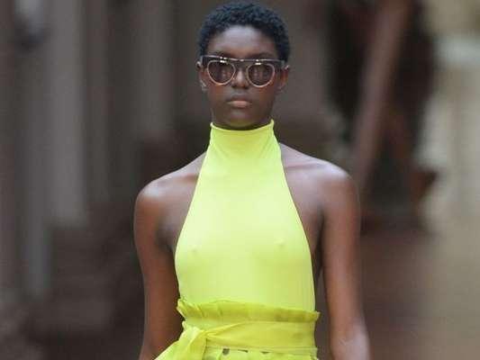 Semana de Moda de São Paulo: veja as tendências de verão 2019/20 apresentadas por Lenny Niemeyer