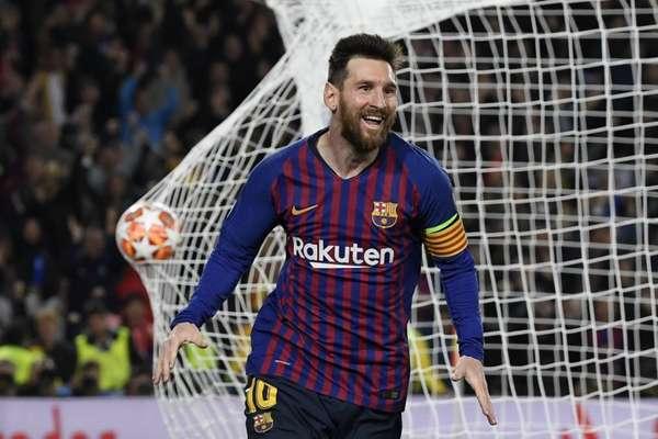 Com dois gols, um deles em uma magistral cobrança de falta contra o Liverpool nesta última quarta-feira, Lionel Messi mostrou porque tem o nome gravado na história da Liga dos Campeões como um dos jogadores mais importantes da competição. O argentino tem uma galeria de grandes atuações no torneio, e o LANCE! relembra algumas
