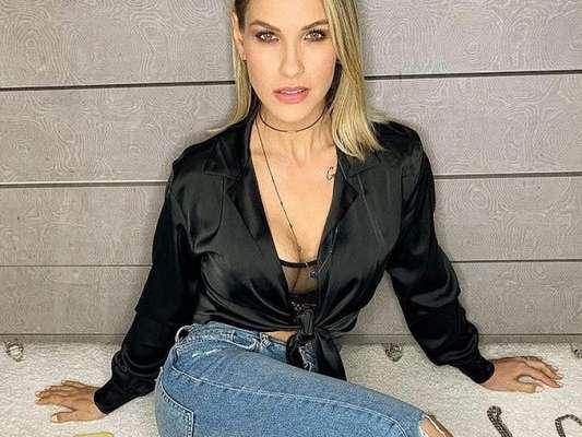 Andressa Suita mostrou corpo seco em foto de lingerie e a web foi só amor com o post:'Maravilhosa'.