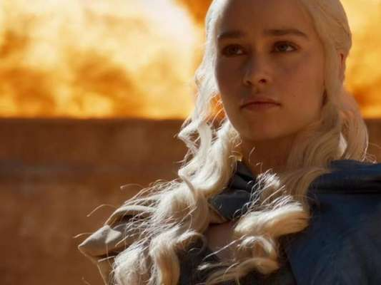 """Os Simpsons"" previram surto de Daenerys (Emilia Clarke) no penúltimo episódio de ""Game of Thrones"""