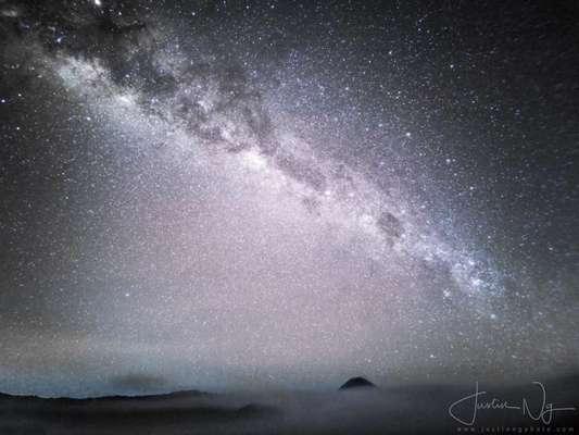 Fotógrafo usa Huawei P30 Pro para tirar foto impressionante da Via Láctea