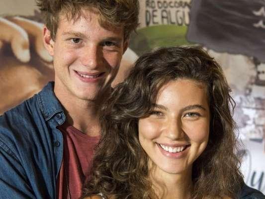"""""""Malhação - Toda Forma de Amar"""": Filipe (Pedro Novaes) e Rita (Alanis Guillen) vão se beijar"""