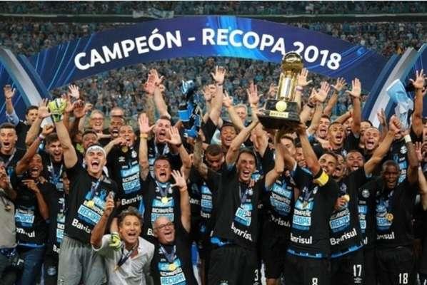 O Grêmio é o atual campeão da Recopa. A equipe gaúcha superou o Independiente nos pênaltis, após dois empates.
