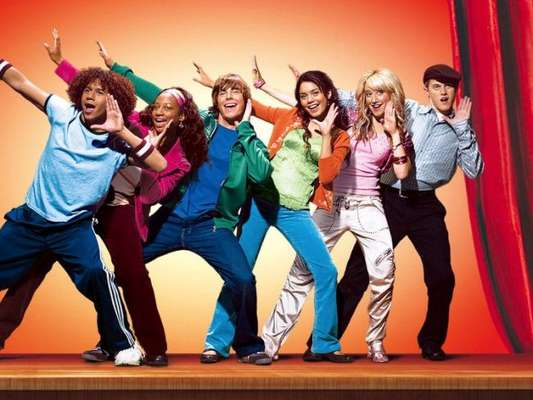 """Será que teremos Vanessa Hudgens em """"High School Musical""""? A atriz responde!"""