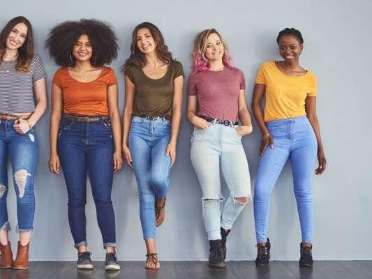 Jeans para todos! Adriana Zucco, estilista da Colcci, ensina truques para transformar a calça jeans em melhor amiga na hora de montar looks