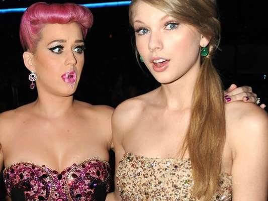 Katy Perry e Taylor Swift são migas de novo!
