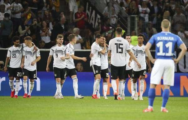 Em goleada contra Estônia, Alemanha relembra 7 a 1 no Brasil