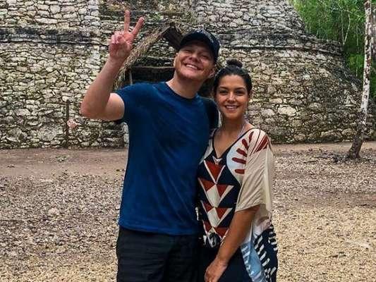 Thais Fersoza manda recado sobre filhos após aventura com Michel Teló no México nesta sexta-feira, dia 14 de junho de 2019