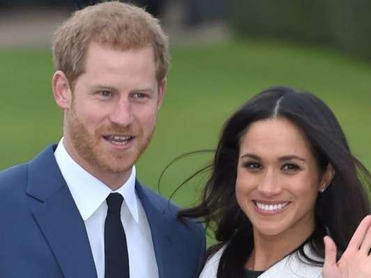 Príncipe Harry deu 'puxão de orelha' em Meghan Markle durante evento de aniversário da avó dele