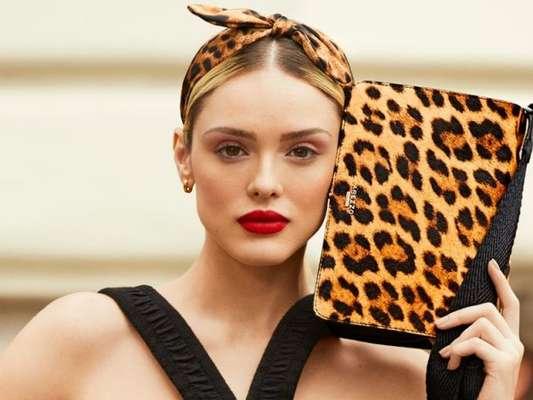 Isabelle Drummond posa para campanha de moda com as principais tendências do inverno 2019. Vem ver!